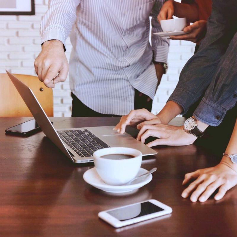 brainstorming-team-in-office_t20_EOY9pY.jpg